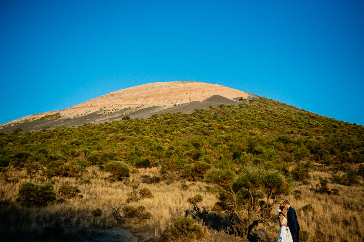 Alessandra e Michael - Vulcano - Gianmarco Vetrano Wedding Photographer